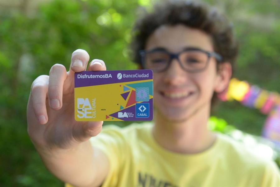 Argentina: Nace el pase cultural, $ 250 mensuales para el consumo cultural de los estudiantes
