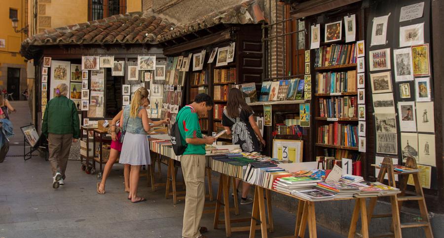 """El Observatorio de la Lectura y el Libro pone en marcha """"Flechazo Librero"""""""