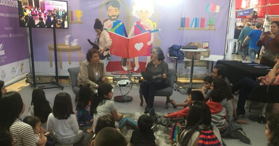Se buscan abuelos para fomentar la lectura en Viña del Mar