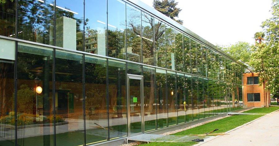 La biblioteca pública municipal Eugenio Trías de Madrid obtiene el Premio Liber 2020