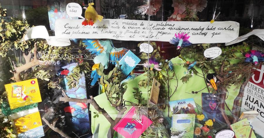 La librería Juan Rulfo vence el concurso de escaparates PORQUE #YOLEO