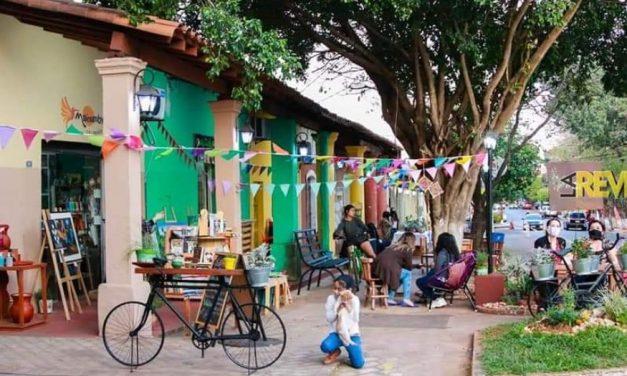«Kerayvoty raity» fortalece espacios para nuevos escritores en Itauguá, Paraguay