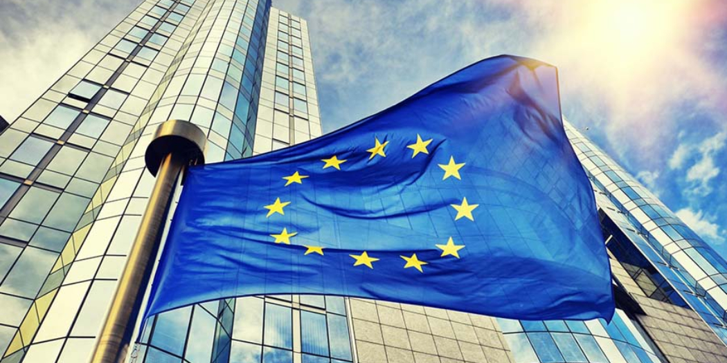 El sector del libro español muestra su rechazo a la guía de la Comisión Europea